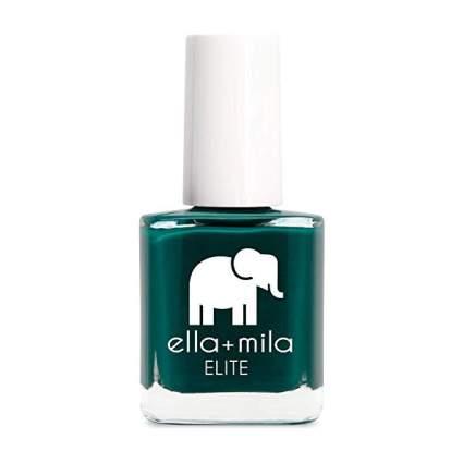 Dark green nail polish