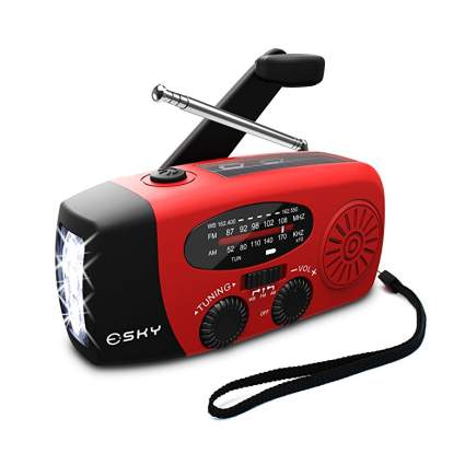 esky emergency crank radio
