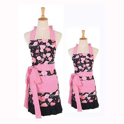 mother daughter floral apron set
