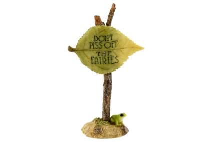 Green leaf fairie statue