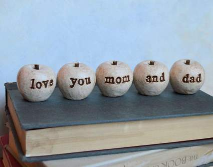 "Set of 5 rustic vintage white""love you mom and dad"" clay apples"