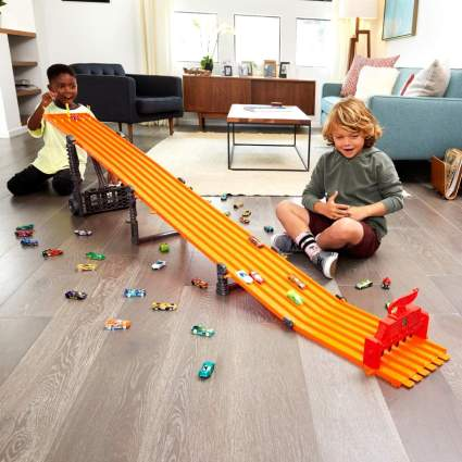 Hot Wheels Super Six-Lane Raceway