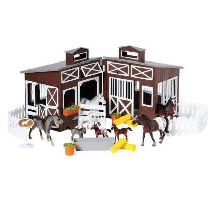 Miniature stable play set with horses