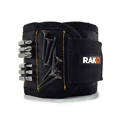 Black wrist magnet tool