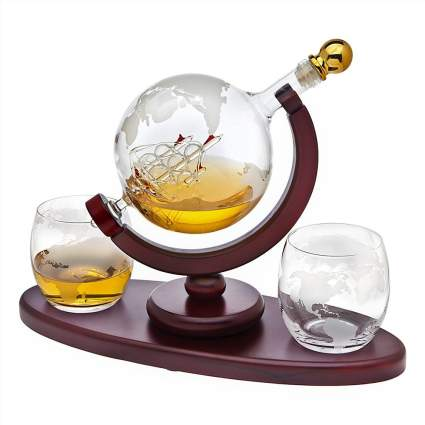 Globe shaped Whiskey Decanter Globe Set