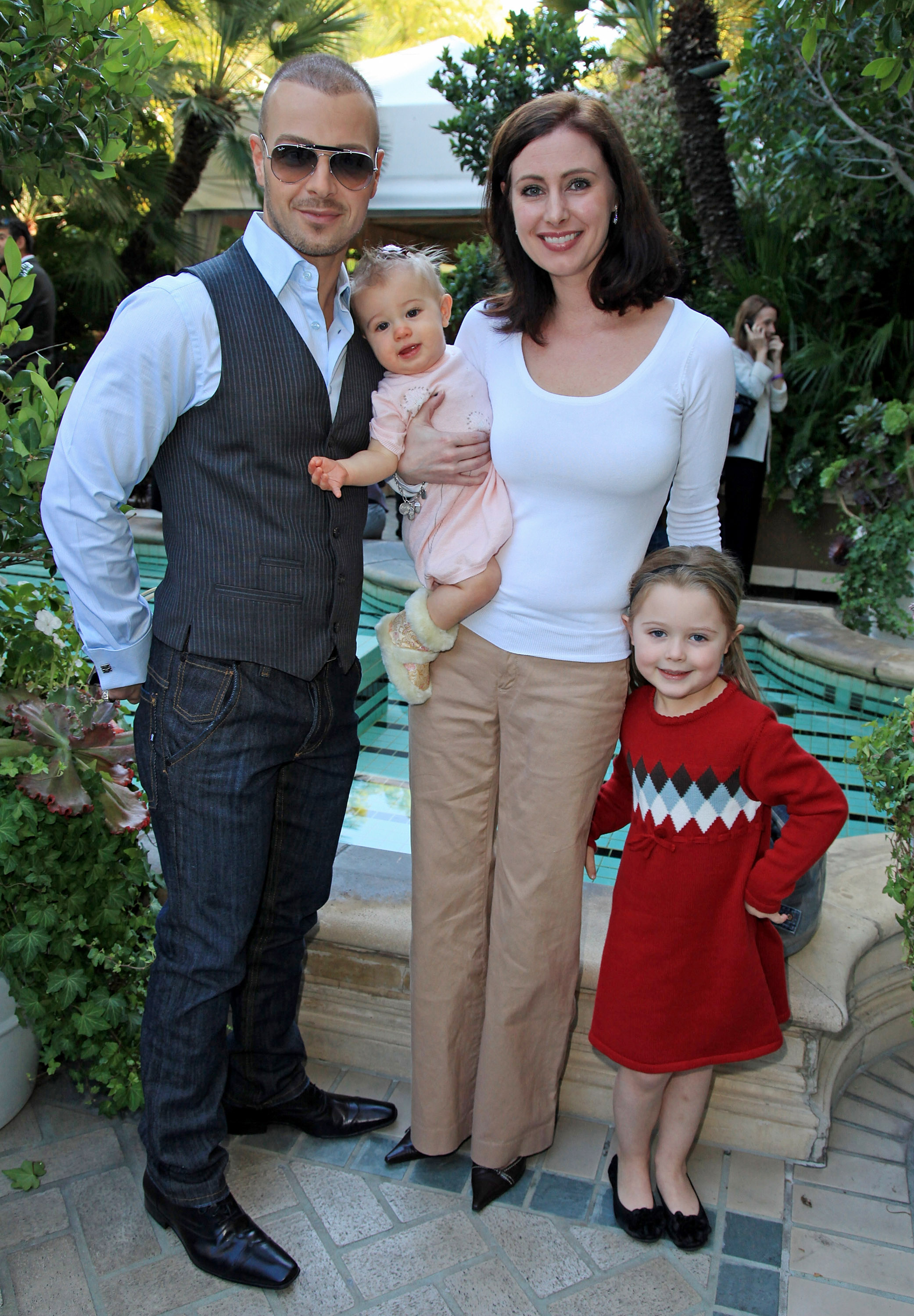 Joey Lawrence Family