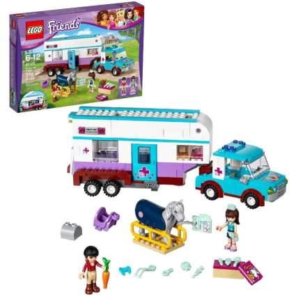 LEGO Horse Vet Trailer Building