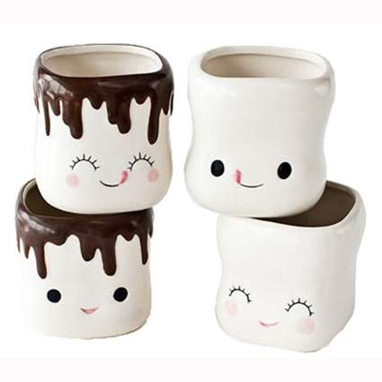 marshmallow shaped hot cocoa mugs