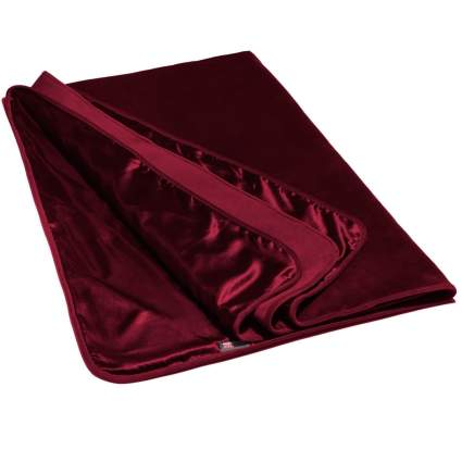 Dark red blanket