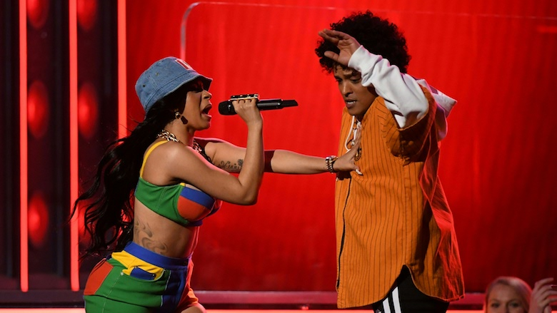 Cardi B & Bruno Mars Perform