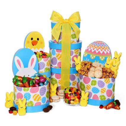 Springy gift basket with bunnies and chicks
