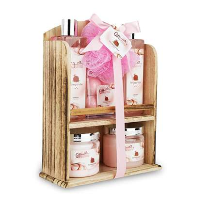 pomegranate bath gift set