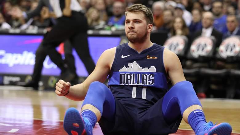 Luka Doncic injury Mavericks lineup roster
