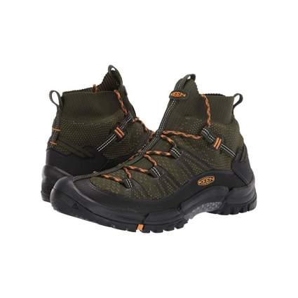 KEEN Targhee Axis EVO Mid Boots