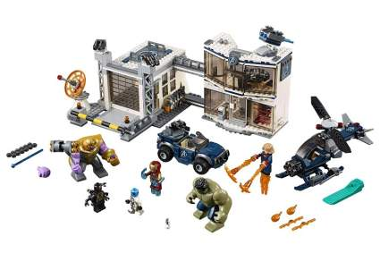 LEGO Marvel Avengers Compound Battle 76131 Building Kit