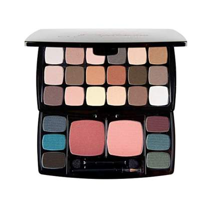 large matte eye shadow palette
