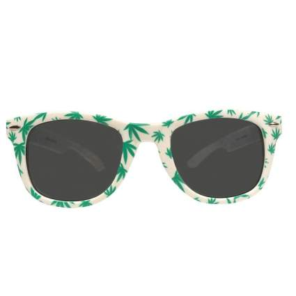 Pot leaf design sunglasses best weed accessories
