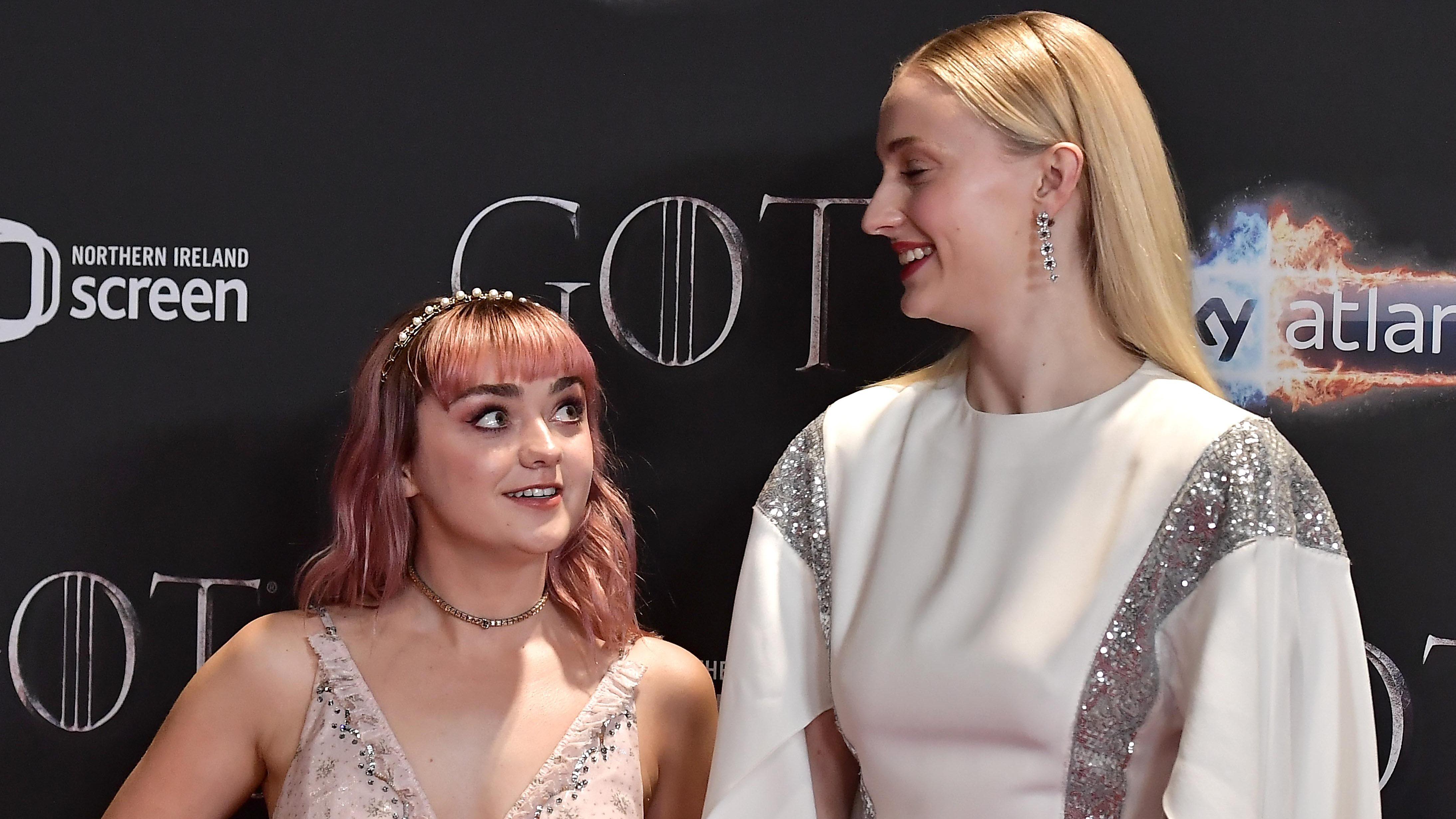Sophie turner sex scene