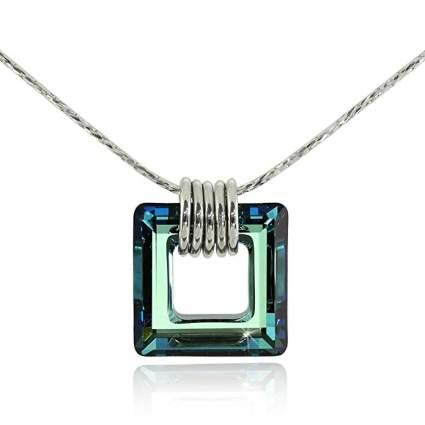Green square pendant necklace