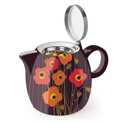 Black tea pot witih flowers