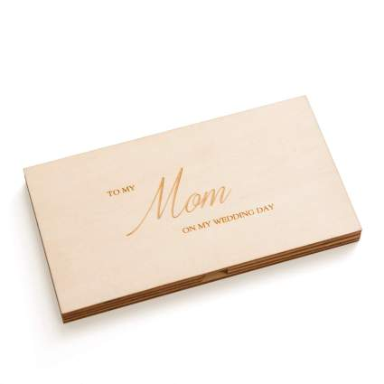 50 Best Wedding Gifts For Parents 2020 Heavy Com