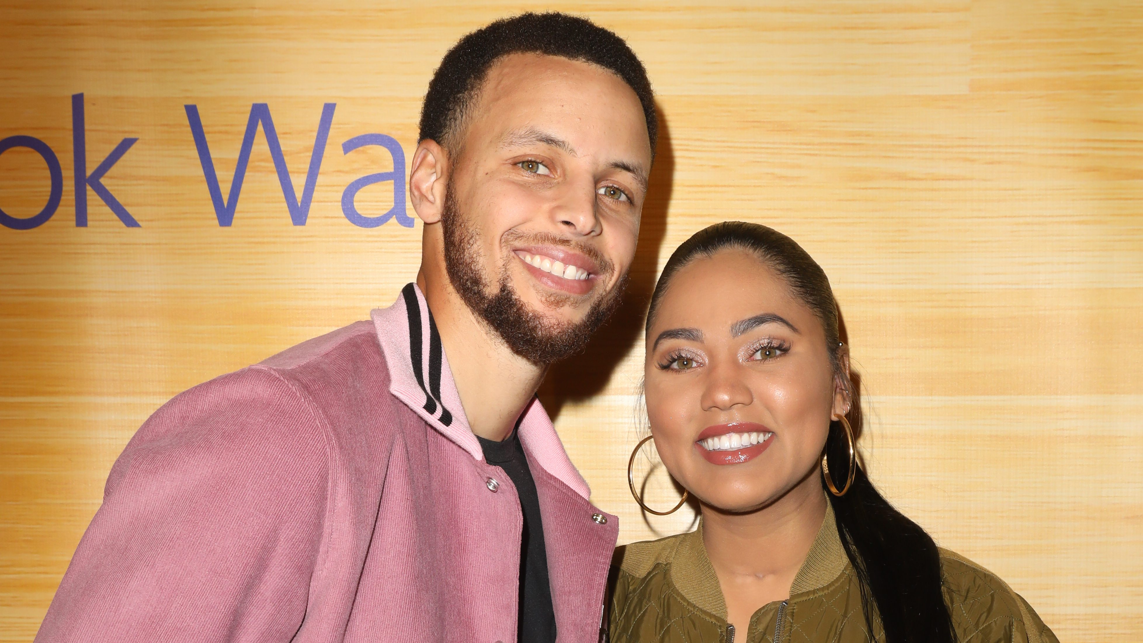 Steph Curry S Wife What Did Ayesha Curry Say Heavy Com