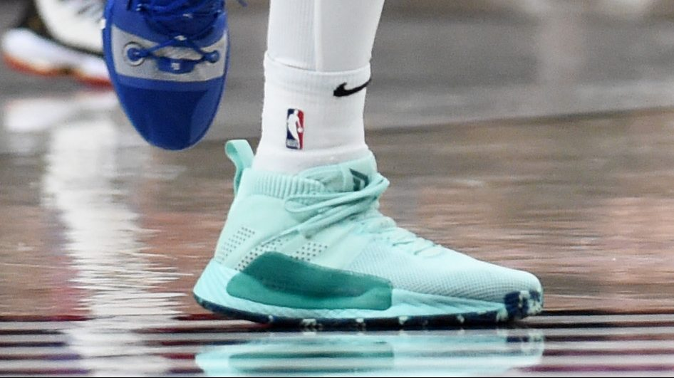 Damian Lillard S Shoes Mom Honored With Adidas Dame 5 Heavy Com