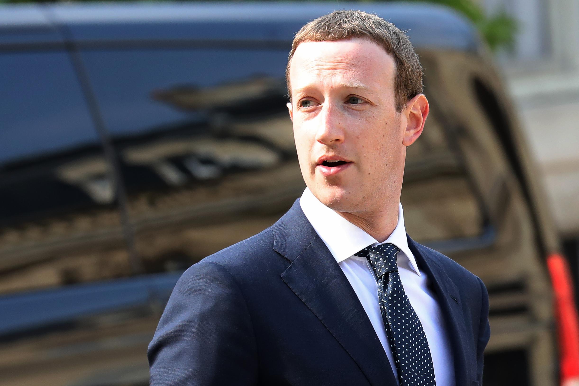 Chris Hughes: Facebook should be broken up