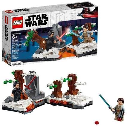 LEGO Star Wars: The Force Awakens Duel on Starkiller Base