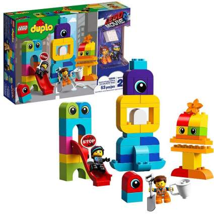 LEGO The LEGO Movie 2 Emmet and Lucy's Visitors from the DUPLO Planet