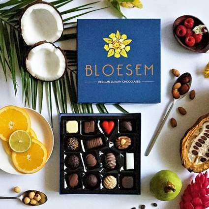 Box of Bloesem chocolates with fruit