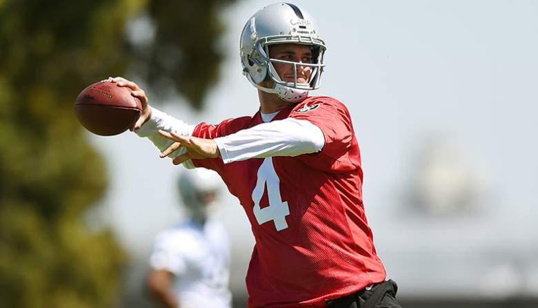 raiders quarterback derek carr