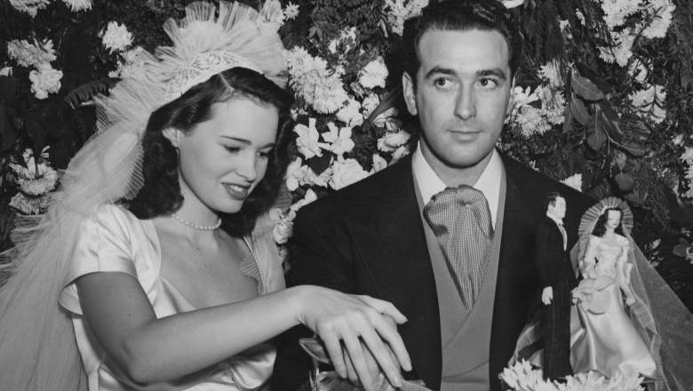 Gloria Vanderbilt's Husbands: 5 Fast Facts You Need to Know