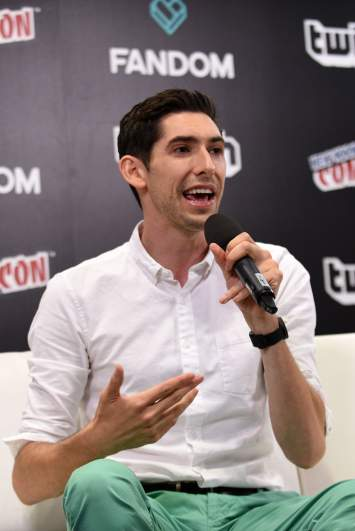Max Landis' Family: 5 Fast Facts You Need to Know