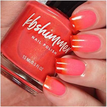 Coral and red thermal nail polish