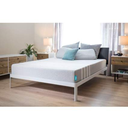 leesa memory foam mattress deal
