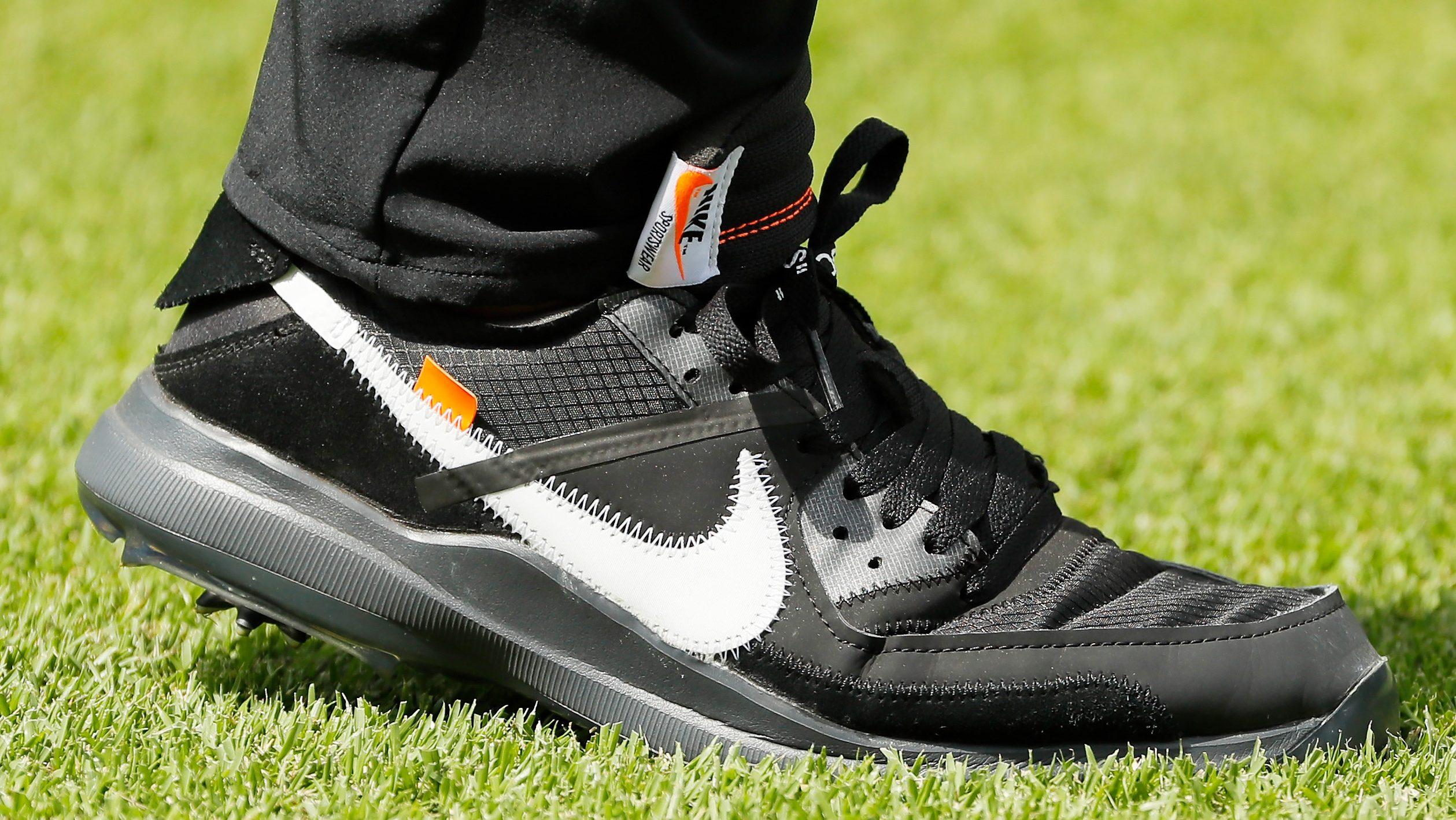 brooks koepka shoes