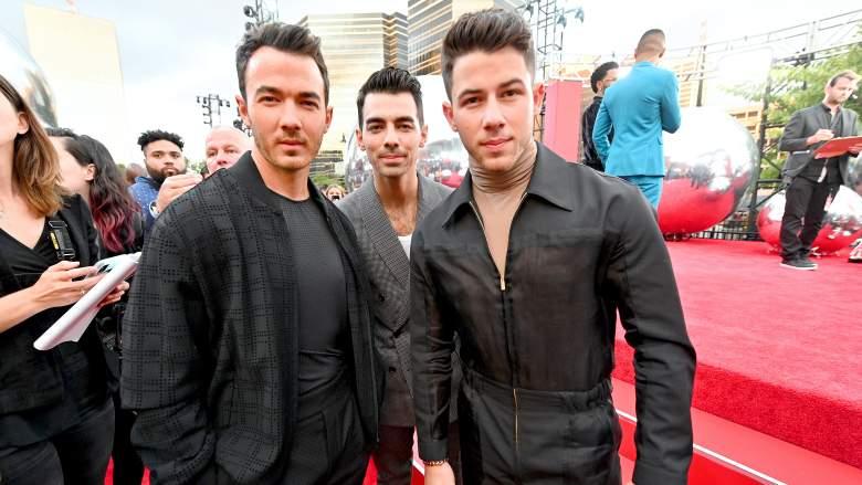 Jonas Brothers On 2019 VMA Red Carpet