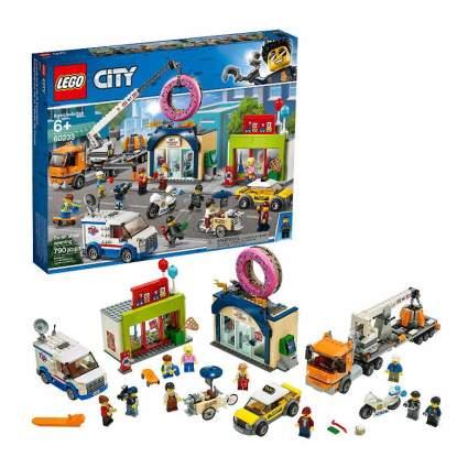LEGO City Donut Shop Opening 60233 Store
