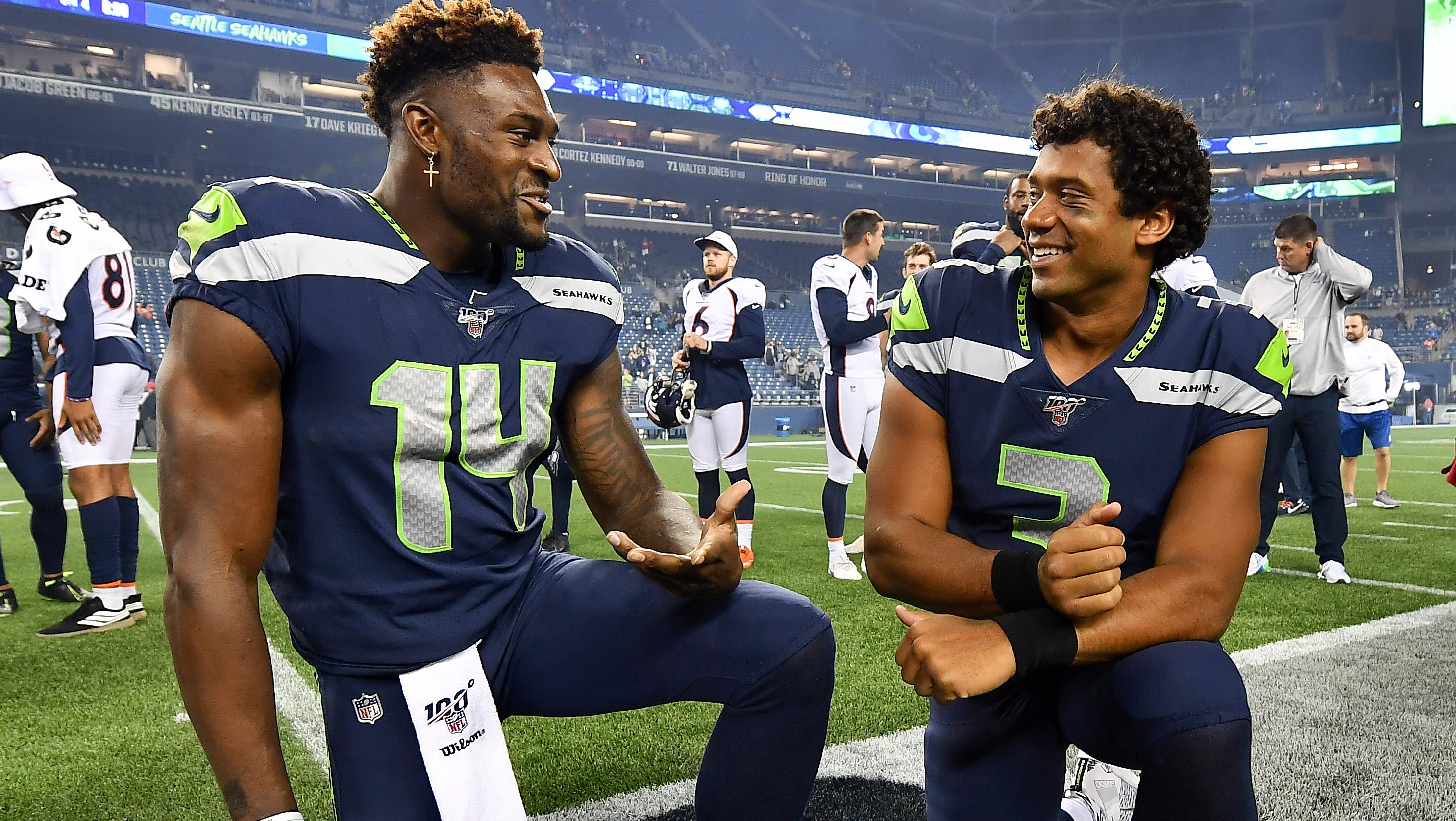 Seahawks Dk Metcalf Shines In Workout With Russell Wilson Heavy Com