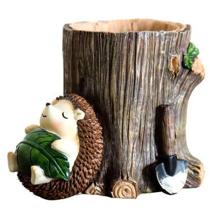 Tree stump toothbrush holder with hedgehog