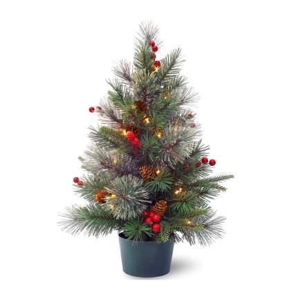 Mini Christmas tree with berries