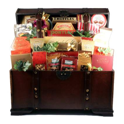 The V.I.P. Large Holiday Gift Basket in Wooden Trunk