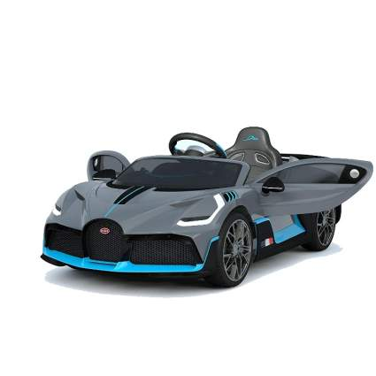 Bugatti Divo rideo on car