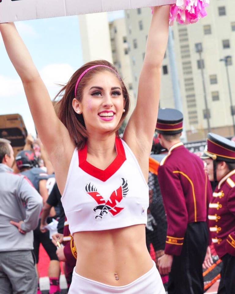 Carly Wilson cheerleader
