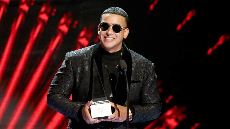 Daddy Yankee accepts an award at the 2018 Latin Amas