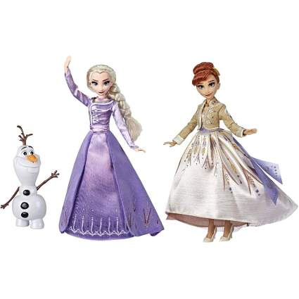 Elsa and Anna Frozen 2 dolls