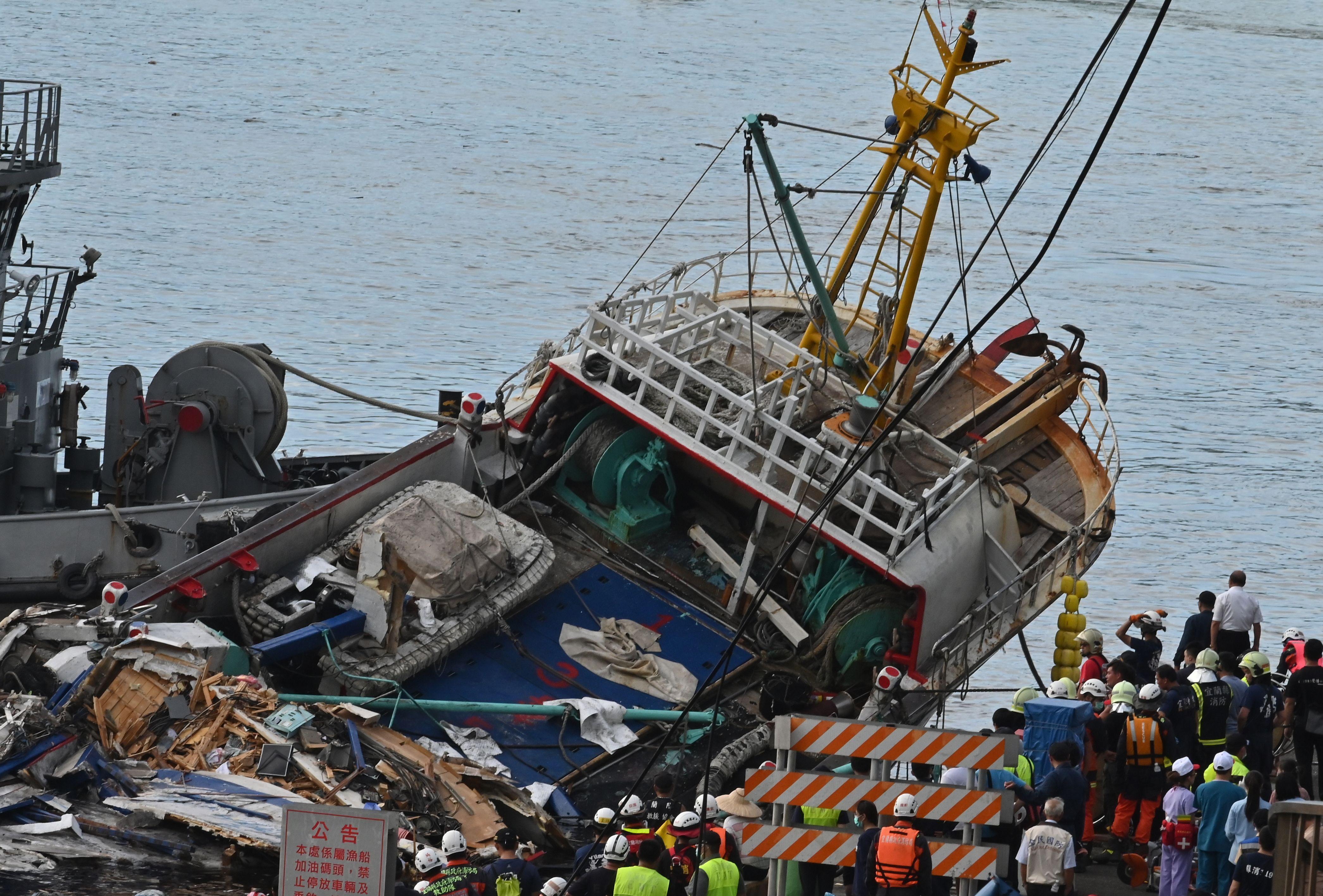 Bridge collapse Taiwan