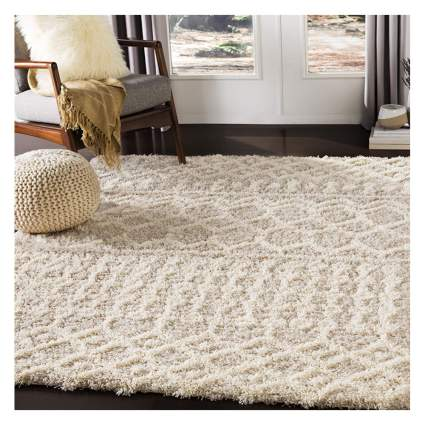 beige patterned shag rug