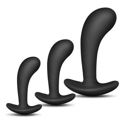 Three black silicone plugs